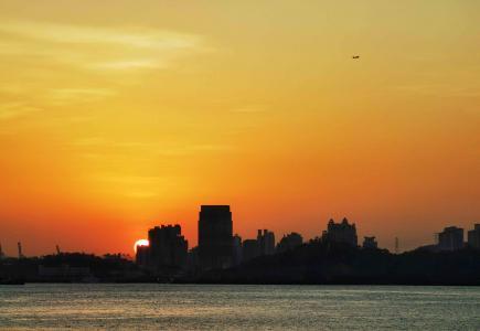 日落西边的美景