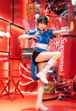 《街头霸王》春丽cosplay写真