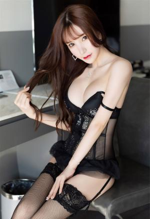 [YOUMI尤蜜荟]性感女神周于希Sandy蕾丝情趣内衣诱惑私房写真