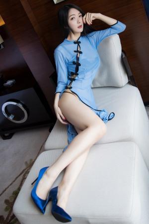 长腿美女小热巴