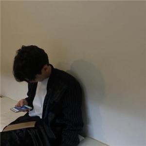 孤独寂寞的图片