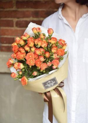 唯美浪漫狂欢泡泡玫瑰花束