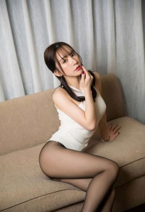 [XIUREN秀人网]黑丝美腿周于希Sandy性感酥胸私房诱惑写真