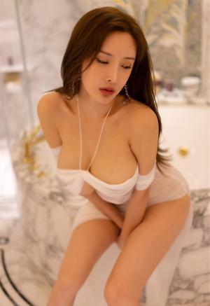 [XiuRen秀人网]豪乳女神周妍希土肥圆矮挫穷浴室情趣薄纱湿身诱惑大尺度私房写真