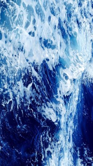 惊涛骇浪的大海
