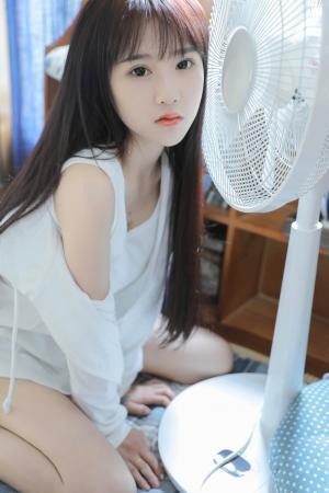 清纯少女夏日清凉写真