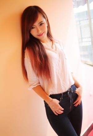 赵婉妮甜美笑容