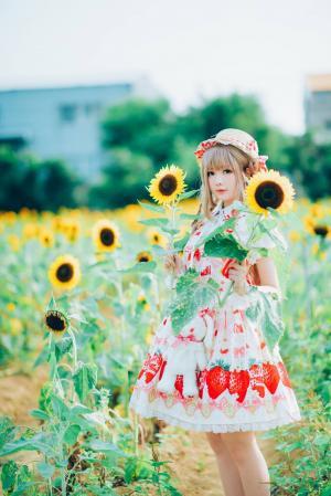 清纯甜美洛丽塔少女向日葵可爱写真