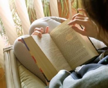 多点阅读 少点嘈杂 这样便可安静