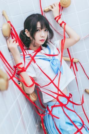 疯猫ss学生制服浴室缎带捆绑诱惑私房写真