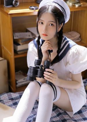 美少女白丝水手服纯情养眼写真