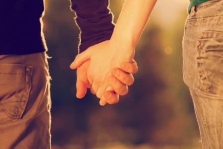 浪漫唯美情侣牵手图片