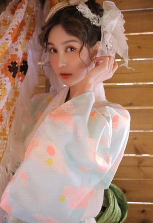 日本美女和服养眼写真