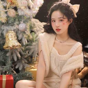 2020圣诞节可爱女生头像