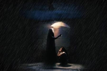 孤单黑夜一个人图片