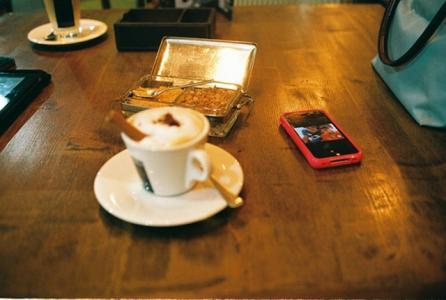 香醇可口的咖啡图片