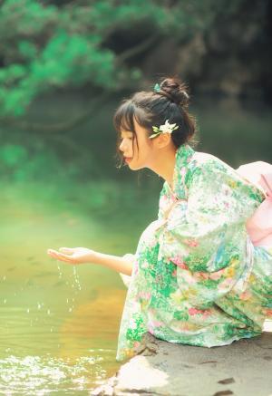 清纯少女和服娇美写真