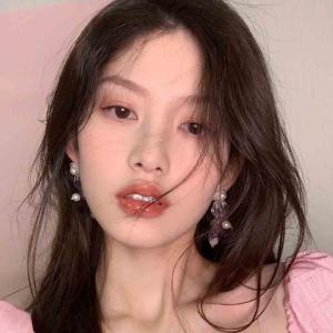 2021最新QQ女生头像