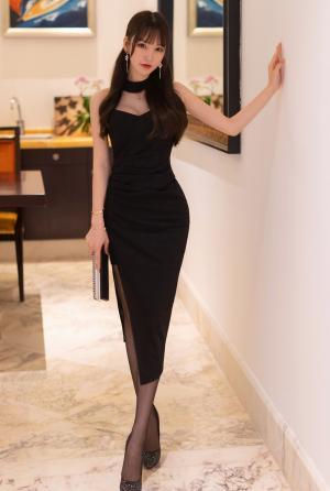[秀人网]周于希优雅长裙诱人身材写真
