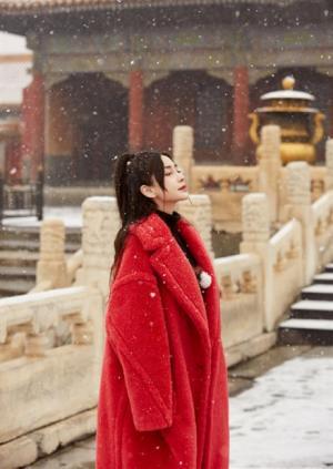 angelababy《上新了故宫》雪景大片