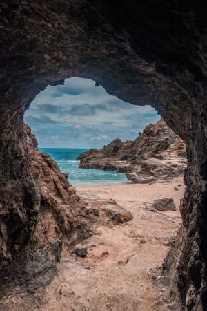 精美洞穴风景图片