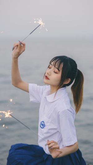 海边的JK美少女