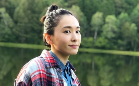 日本国民老婆新桓结衣室外野餐写真