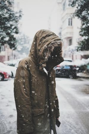 孤单一人意境图片