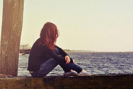 等一个人的孤单图片