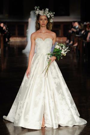 文艺复古高级古典维多利亚风格婚纱