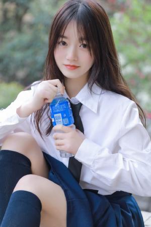 甜美少女jk制服可爱写真