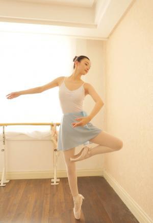 浪漫的芭蕾女孩