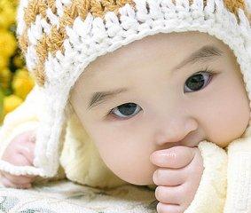 水嫩嫩超可爱宝宝