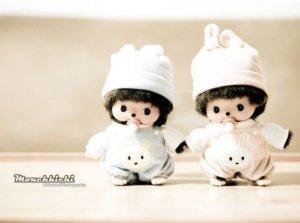 可爱的双胞胎宝宝玩具