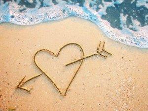 沙滩上的一箭穿心