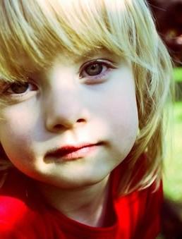 可爱国外萝莉小女孩图片