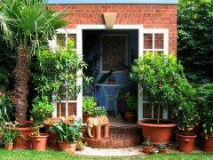 美丽的小镇花园风景图片之三