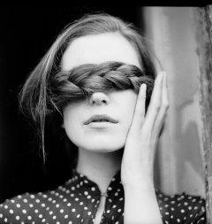 可爱的黑白美女图片