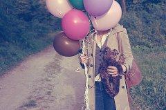 唯美少女和气球图片