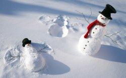 冬天雪人雪景唯美图片