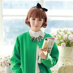 清新苹果绿的毛呢外套搭配