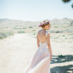 好看的新娘新婚纱礼服图片