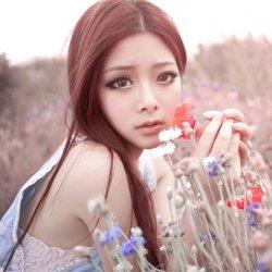 花中仙子清纯可爱女生照片