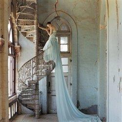 唯美个性新娘婚纱款式图片