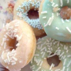 好吃的甜甜圈美食图片