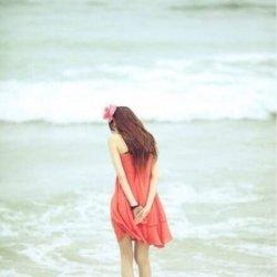 孤单一个人女生伤感思念图片