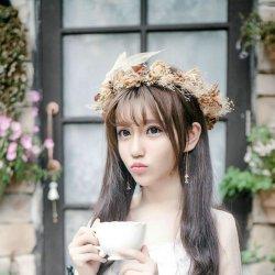 森林系唯美可爱女生图片