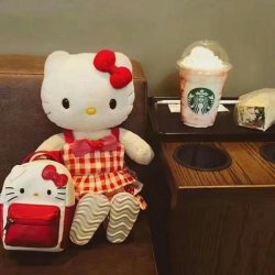可爱少女HelloKitty猫玩具