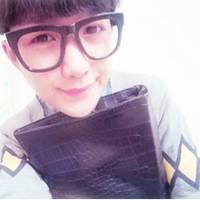 戴眼镜的男生QQ头像