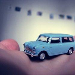 小汽车可爱玩具意境图片